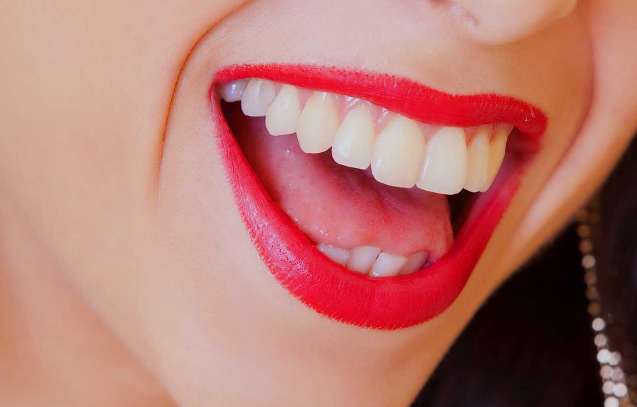Zahnfleischrückgang Ursachen