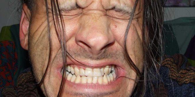 Die Zähne tun weh - Ursachen und Behandlung